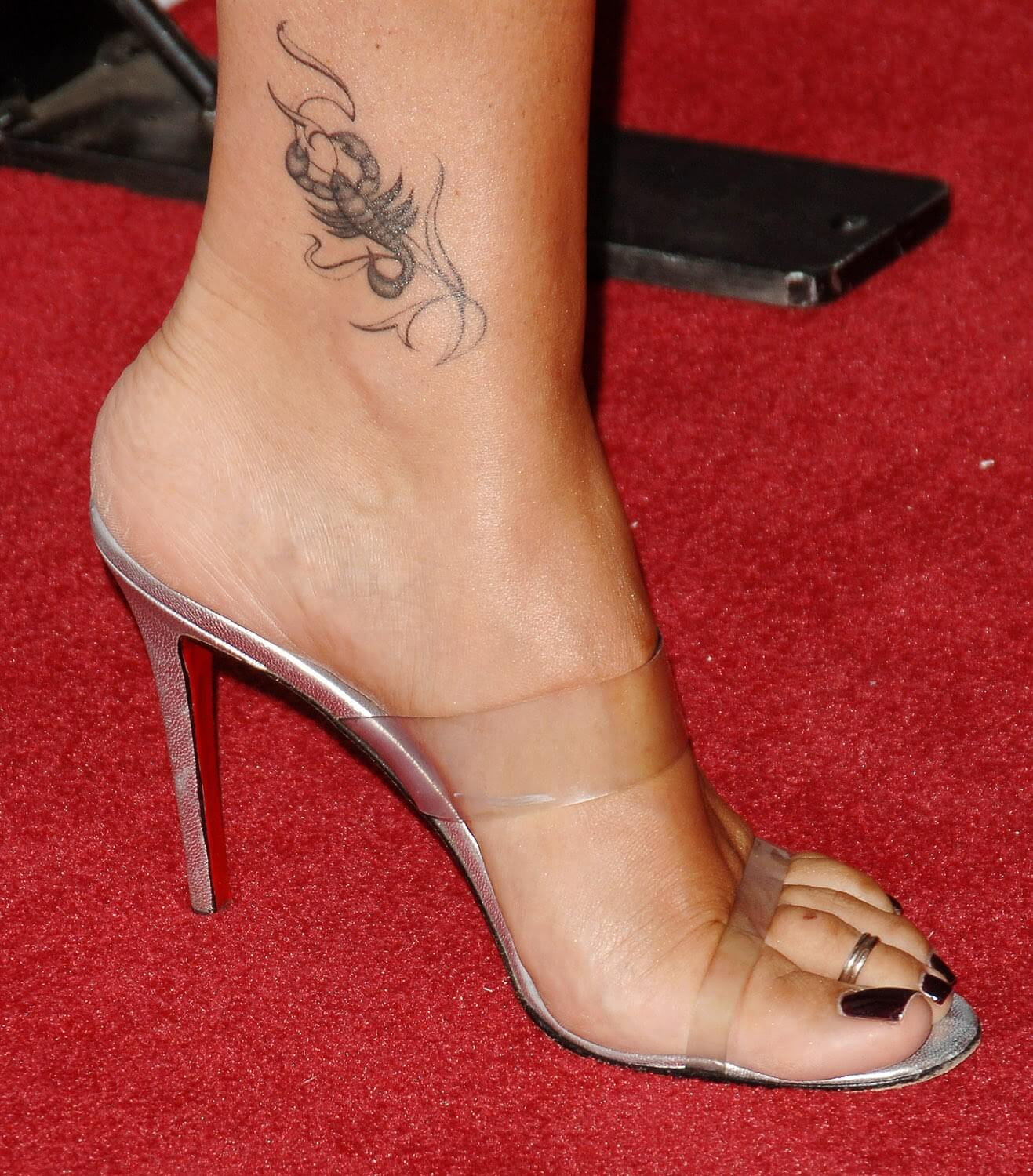 Quick Gallery With Tattoos On Ankle